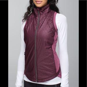Lululemon Rebel Runner Striped Athletic Vest 8 M